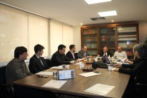 Colégio Registral do RS realiza reunião mensal de Diretoria e debate CRI-RS