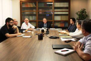 Representantes da Comissão da CRI-RS reúnem-se com Caixa Econômica Federal e Caixa Imóveis