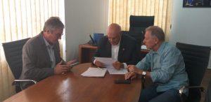 Clipping – IEPRO/RS – Presidentes da Anoreg/RS e IEPRO/RS reúnem-se com senador Lasier Martins (PODE)