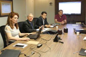 Presidentes das entidades de classe e assessores jurídicos reúnem-se para discutir ISSQN