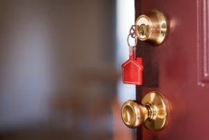 Clipping – Folha de Campo Grande – Brasileiro não desiste da casa própria e busca por imóveis aumenta