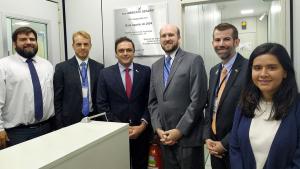 ITI – Encarregado Interino de Negócios da Embaixada dos EUA no país visita o ITI e conhece tecnologia da ICP-Brasil